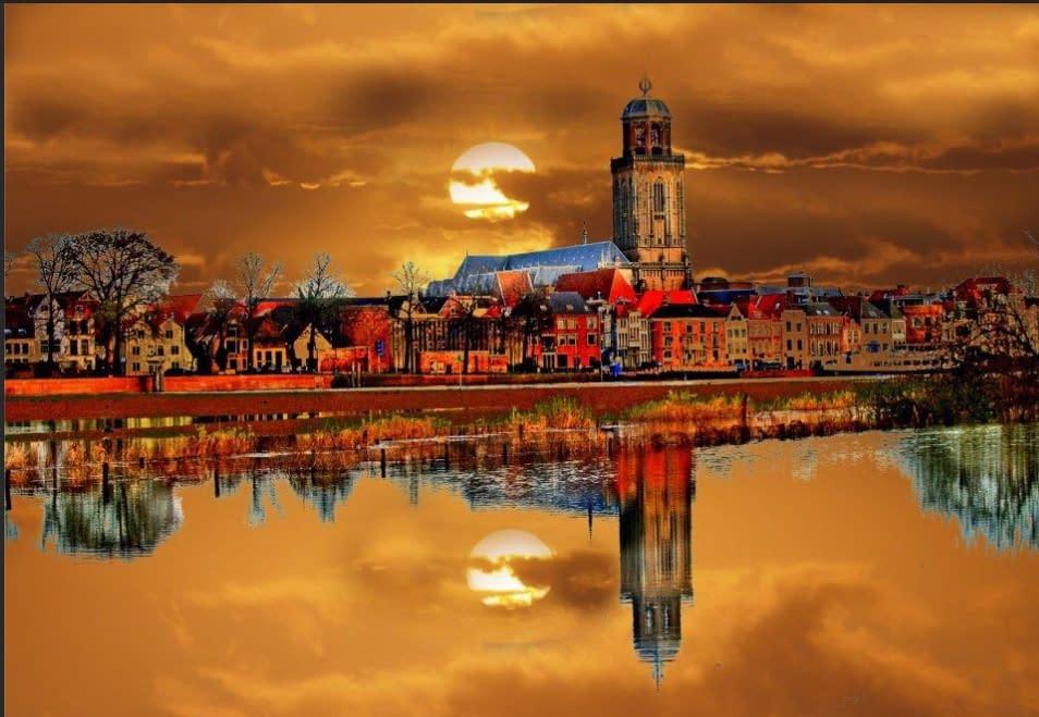 Deventer in autumn colors, skyline