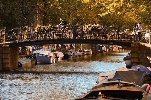 a dutch gracht, a canal in autumn